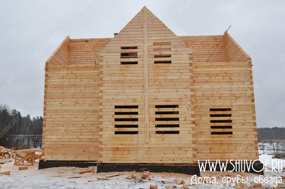 Фасад строящегося брусового дома от компании Шувое.
