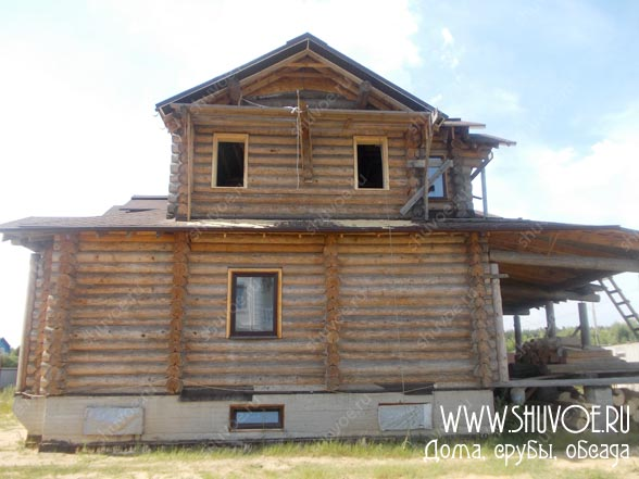 Обсада в деревянном доме