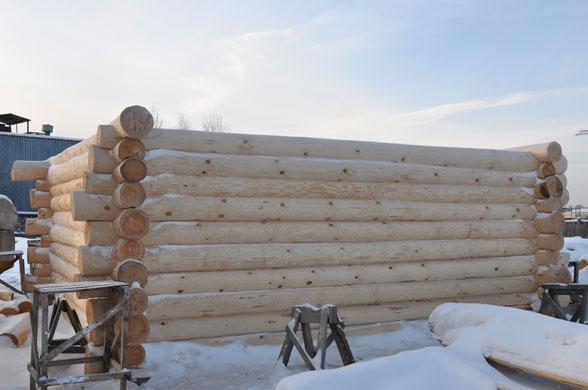 Баня из канадского сруба