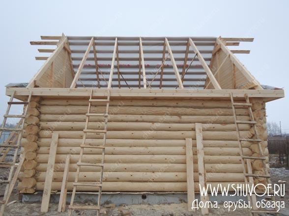Строительство двускатной крыши на срубе