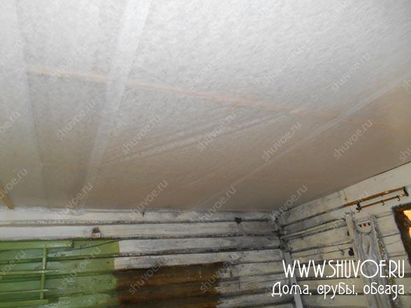 Замена потолка в старом деревянном доме