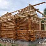 Рубленый дом 9х10 в деревне Селявино Московской области. Дом построен компанией Шувое в 2015 году.