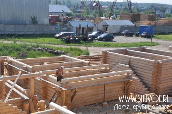 Строительство сруба под баню размером 6,5 на 9,5 метров в компании Шувое.