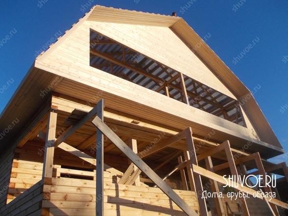 Брусовой дом 10х12 метров с верандой