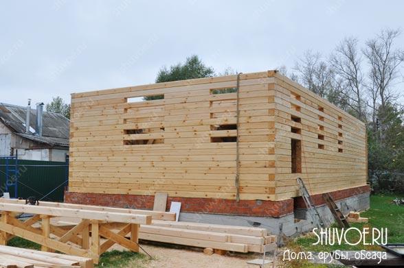 Брусовой дом строится быстро.