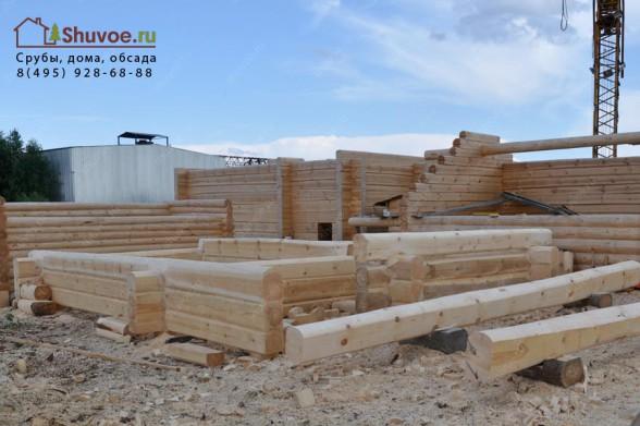 Строительство бани из лафета в компании Шувое.