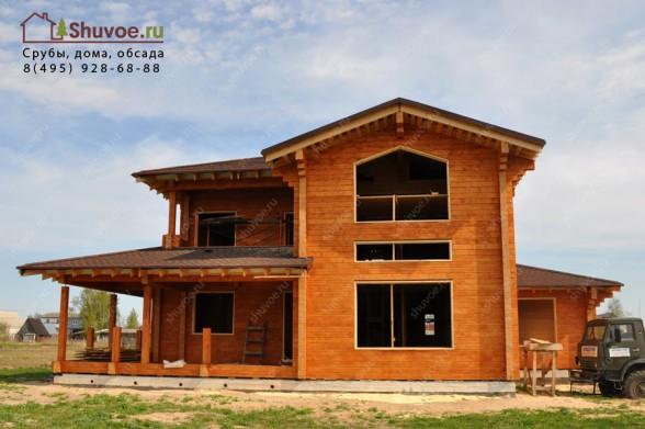 Подготовка деревянного дома к остеклению - установлена обсада.